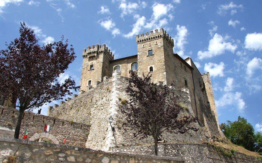замки выставленные на продажу