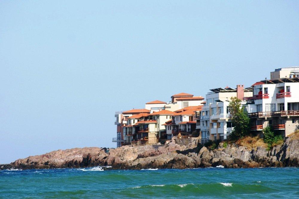 Недвижимость для пенсионеров в Болгарии: квартиры и дома