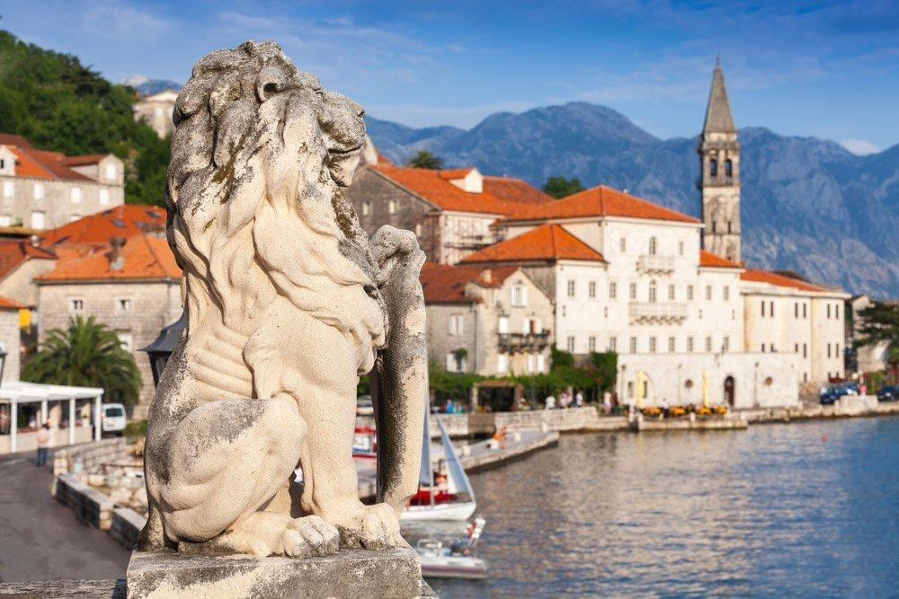 Недвижимость хорватия черногория