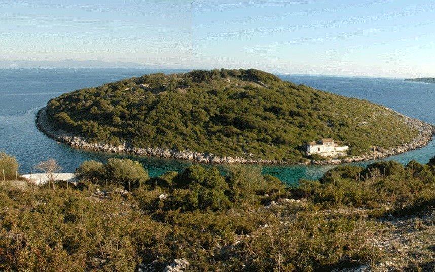 Остров в греции купить цена апартаменты 5 звезд новый уренгой
