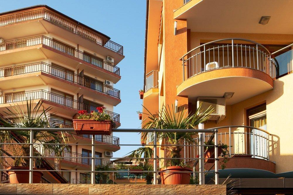 Купить дешевую квартиру в болгарии дубай население численность 2015