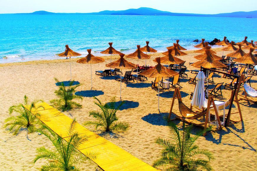 Купить квартиру в Бургасе в Болгарии у моря вы можете в