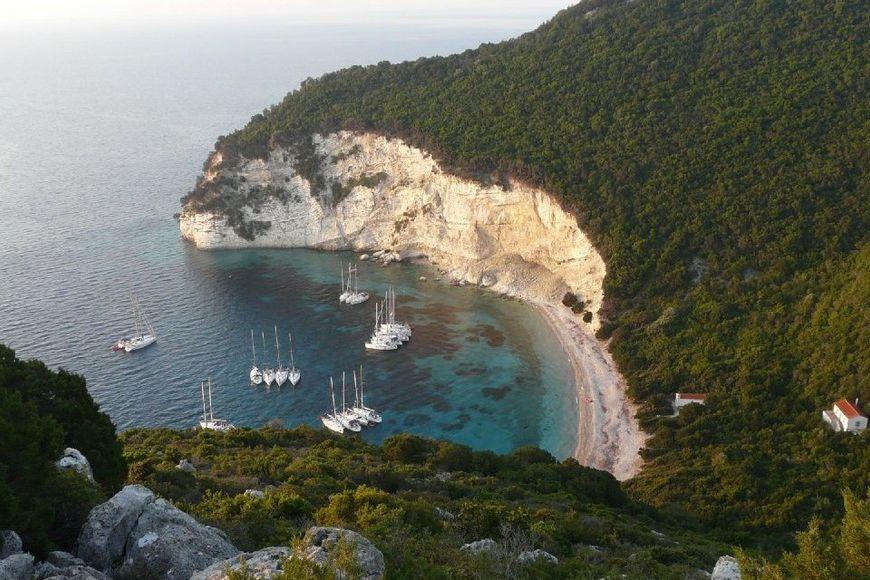 Купить остров в испании цены снять квартиру болгария