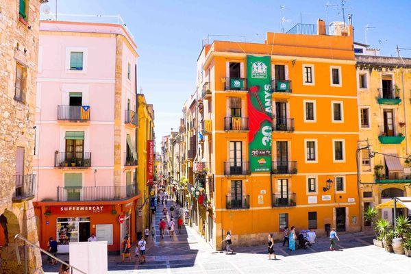 Испания проводит распродажу курортной недвижимости иностранцам