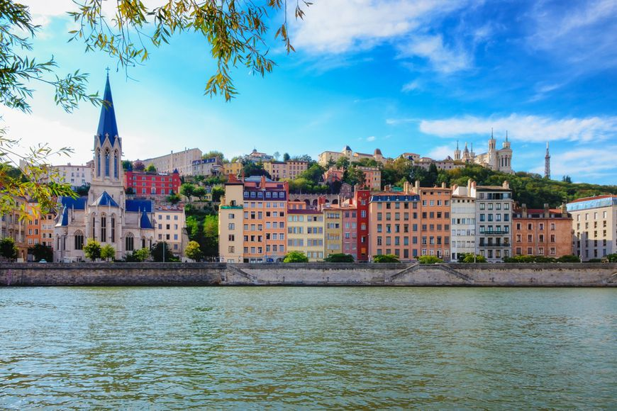 Франция недвижимость цены купить дом в черногории на побережье